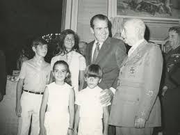 Franco y Nixon