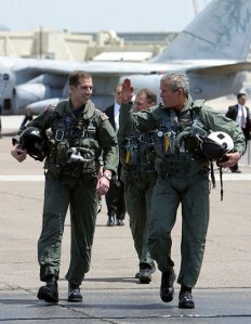 George_W._Bush_walks_with_Ryan_Phillips_to_Navy_One