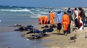 Rescatan-centenar-cadaveres-inmigrantes-libias_EDIIMA20140825_0641_13