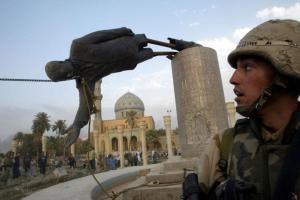 Caida estatua Sadam